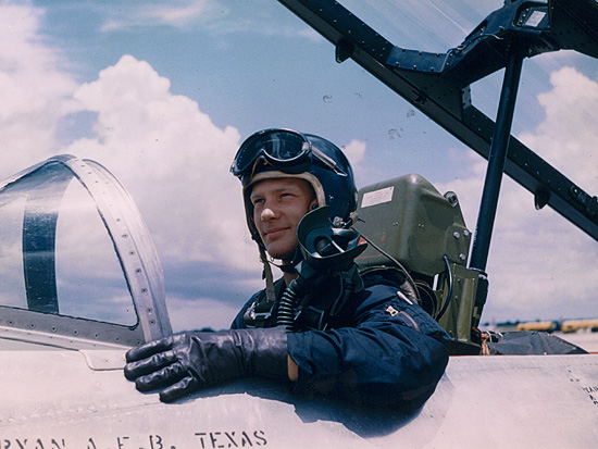 pic buzz aldrin pilot