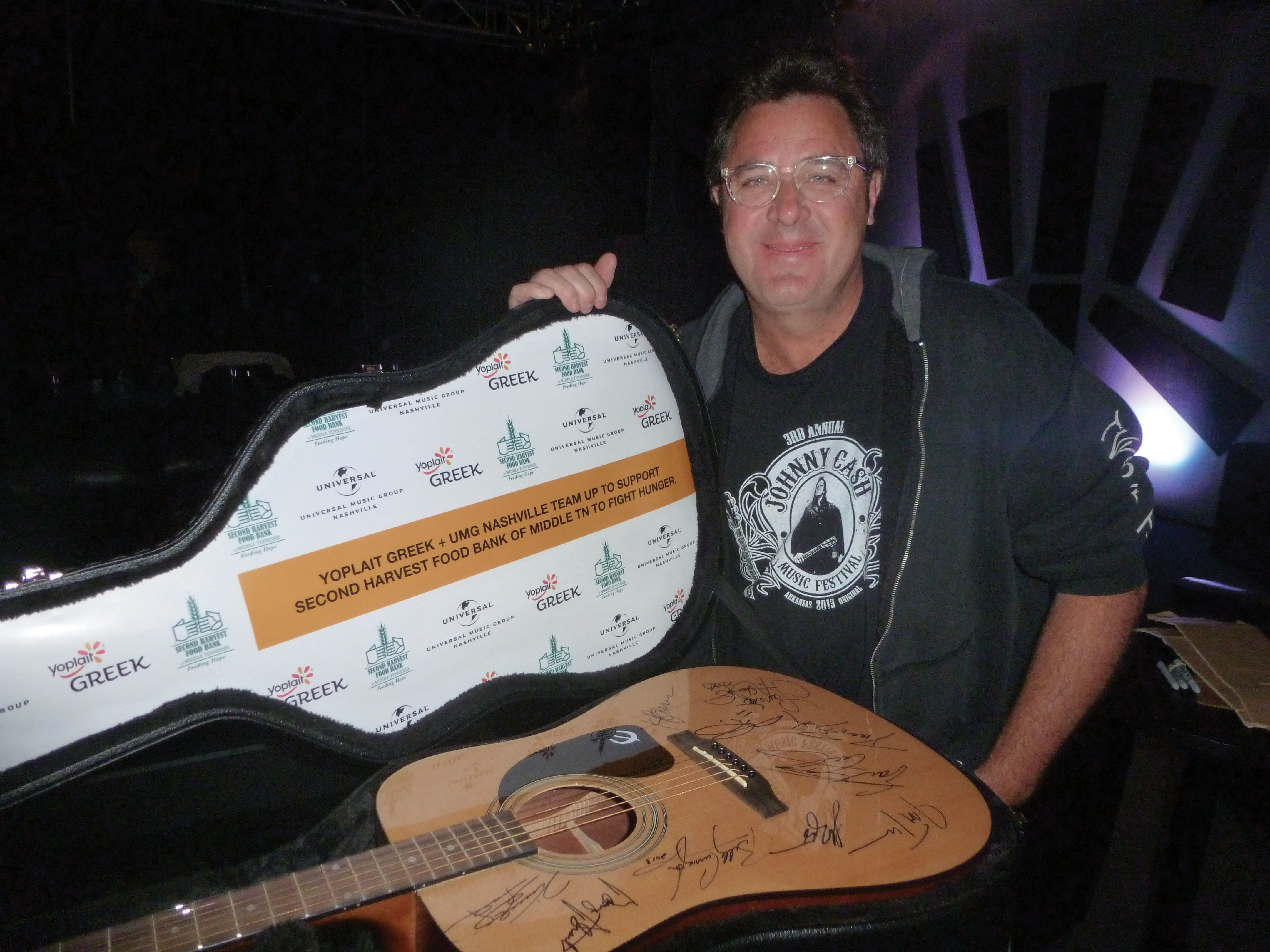 Vince Gill - Yoplait Greek & Universal Music Group Nashville Team Up to Help Fight Hunger